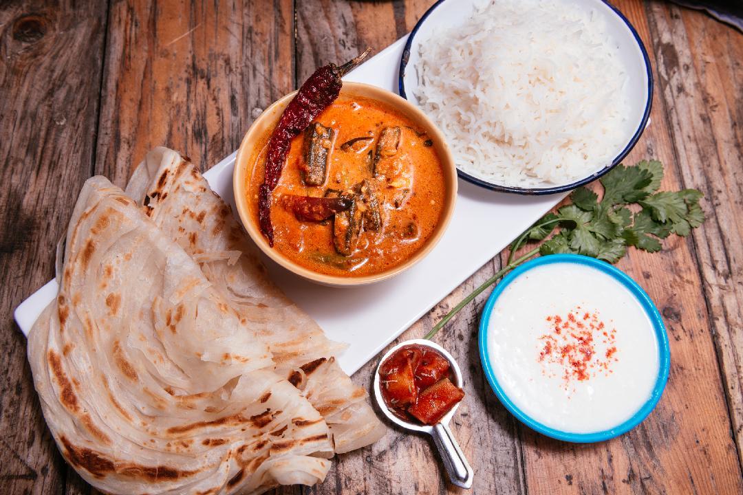 Vendakai Vendaya Curry, rice, parota, curd, pickle