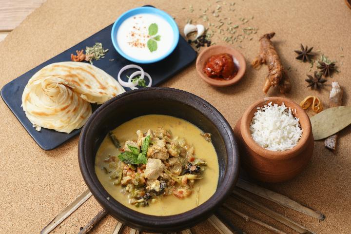 Ceylon Chicken Curry Meal