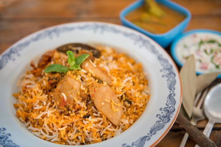 Hyderabad style Chicken Biryani